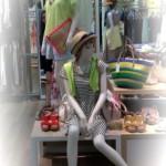 マネキンやトルソー:スタイリングを着せ替える時のポイントⅠ