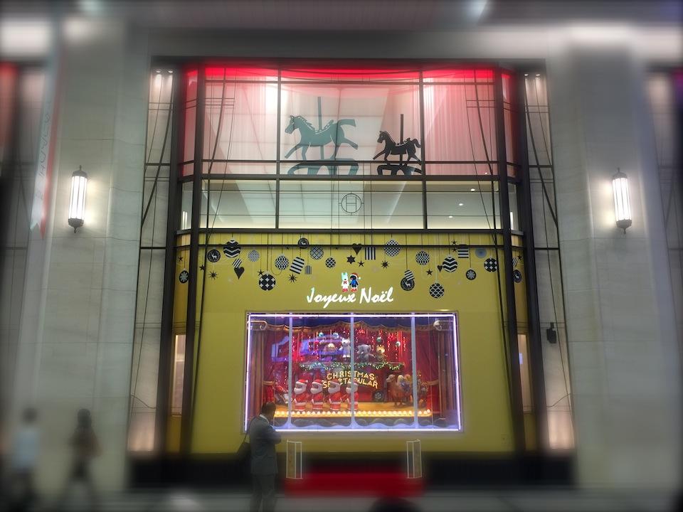 阪急百貨店本店のクリスマスのウインドウ