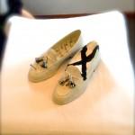 ネーミングの妙、「履けない靴」が「作品」に昇華した!