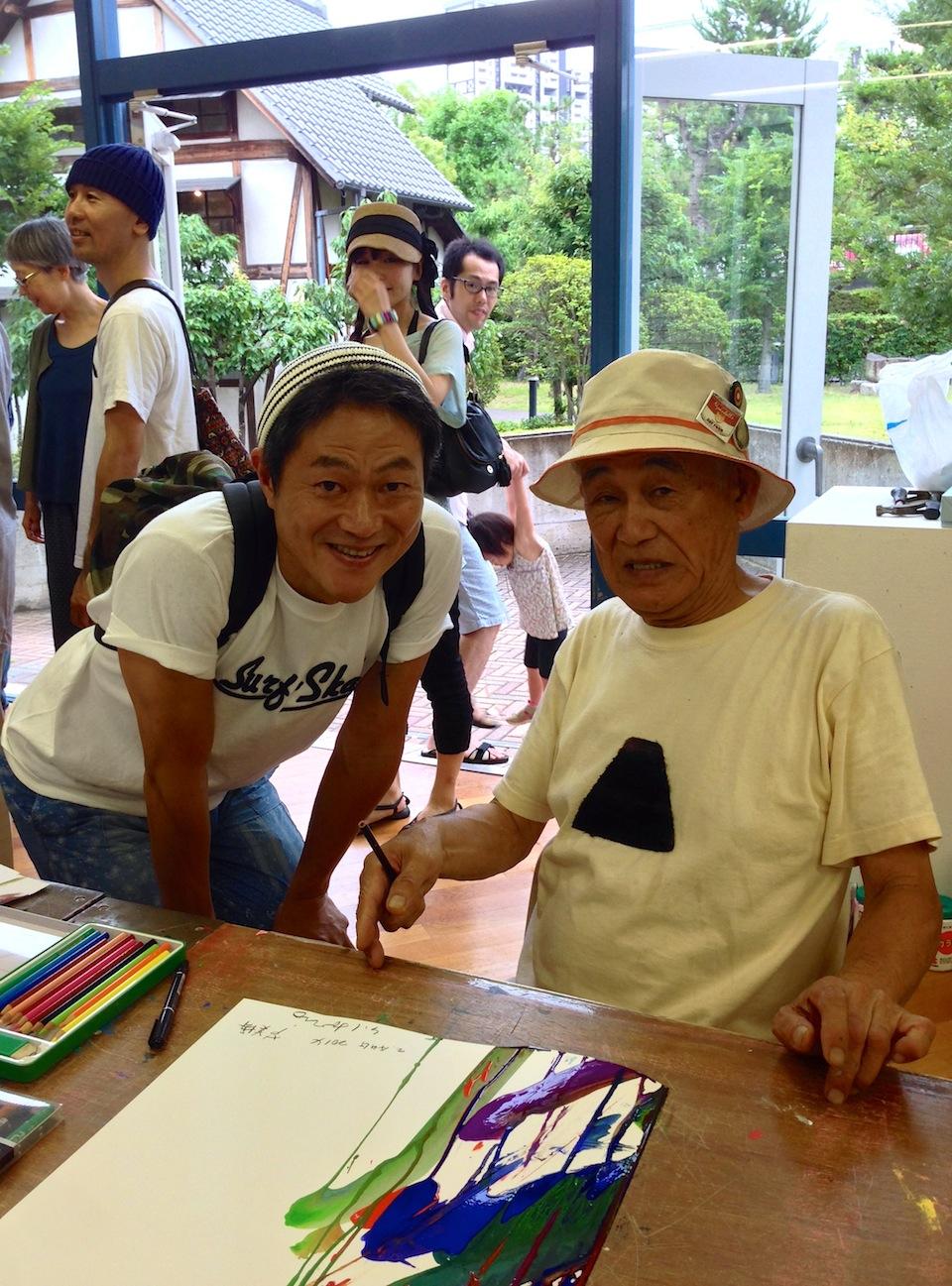 堀尾先生と記念写真。 サインをもらって、更に良い作品になりました!