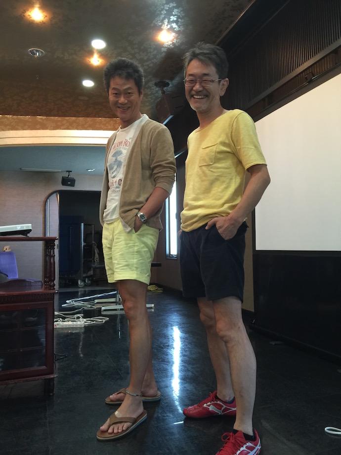 藤村先生と色違いの短パンを履いて