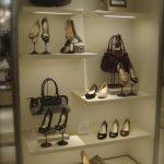 まず商品を知ること!|靴のディスプレイ